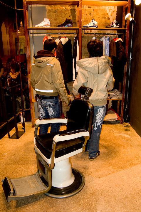 Bottega Back Door - Foto dell'inaugurazione