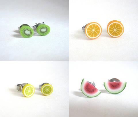 Gli orecchini fruttosi di Misty Aurora
