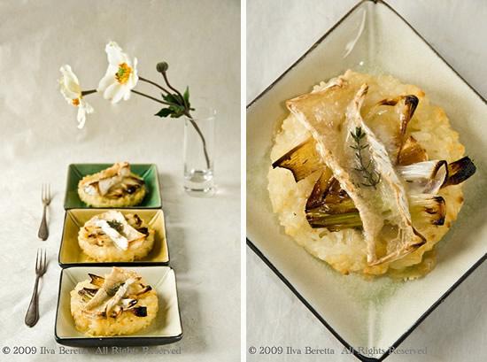 Morbidi tortini di riso con cipolla, formaggio di capra e timo. Senza glutine