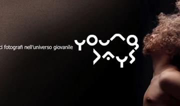 Young Days: 13 fotografi nell'universo giovanile