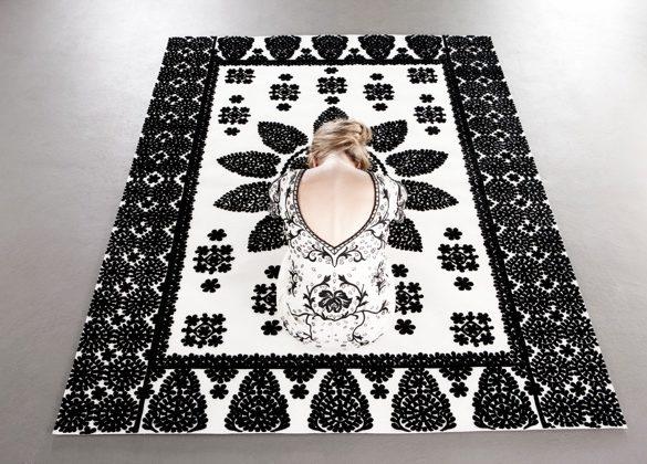 1 Maroccan Garden Black White