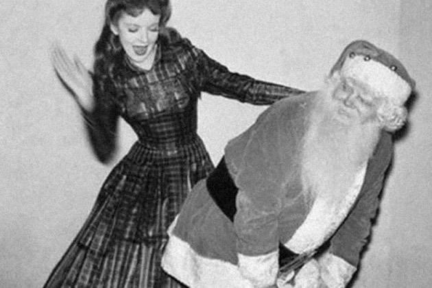Babbo Natale 4 Salti In Padella.Se Babbo Natale Ti Chiede L Elemosina Frizzifrizzi