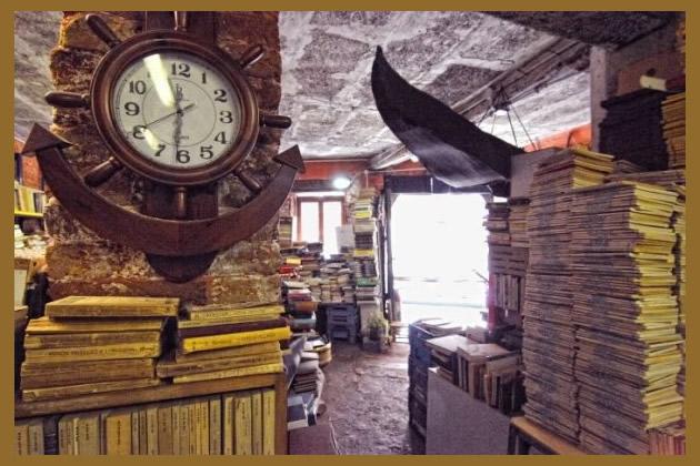 Save the place | Libreria Acqua Alta