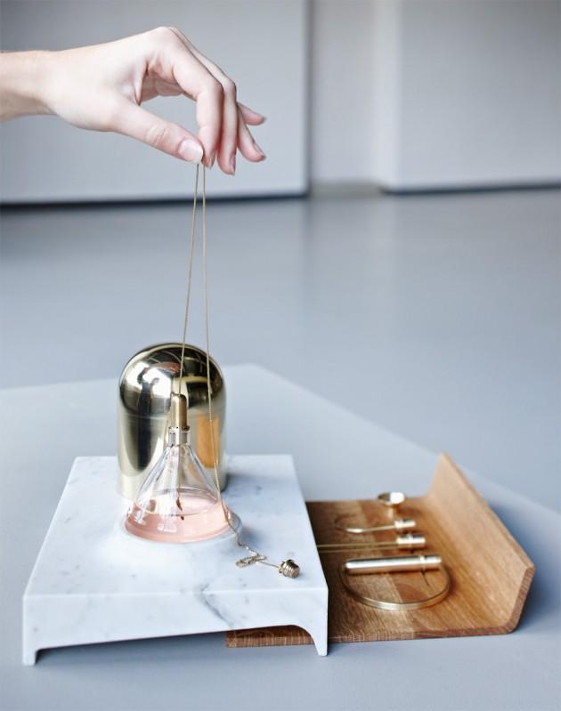 Jody Kocken | 'Perfume Tools / Ritual of wearing perfume'