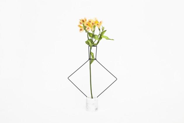 Chloris | designer: Ryu Yamamoto | materiali: marmo e metallo
