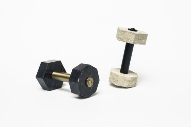 Heracles | designer: Charlotte Juillard | materiali: marmo e metallo / pietra grigia e metallo