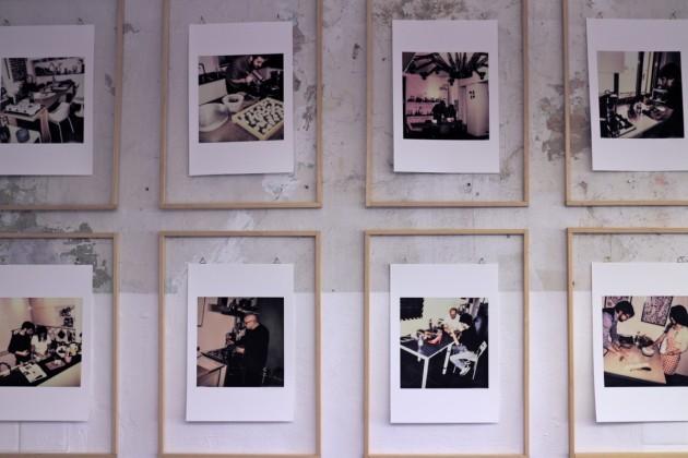 In mostra anche un progetto fotografico di Federico Villa: ritratti su Polaroid dei protagonisti di Mondopasta mentre mangiano. Ovviamente pasta!