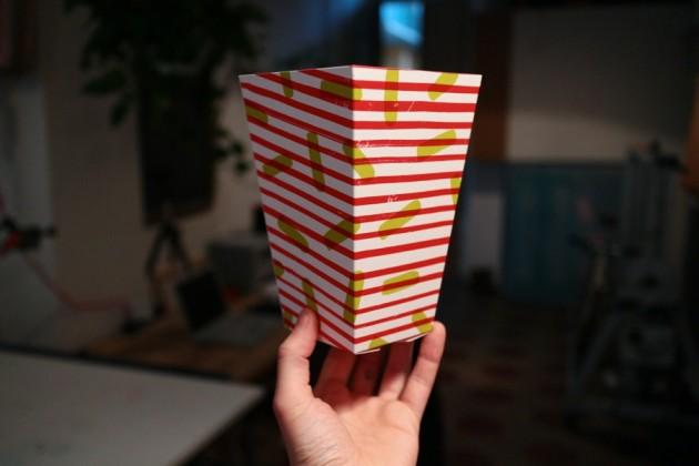 Pop Corn Explosion è un progetto che gioca con i nomi, con la storia dell'arte e con quella di un cereale. Le declinazioni di Pop Corn Explosion sono: Pop come l'onomatopea di uno scoppio e come Pop Art; Corn come mais o, che dir si voglia, frumentone, formentone, formentazzo, granone, grano siciliano, granturco, melica, meliga; Pop Corn come i chicchi di mais esplosi che offriremo ai visitatori di Toner in confezioni realizzate e stampate a mano; Corn Explosion come esplosione fisica del chicco di mais e metafora della sua iperproduzione globale