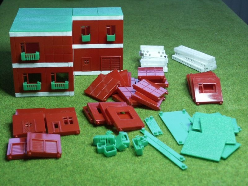 Build-Up (interno) materiali: plastica epoca: anni '50 e '60