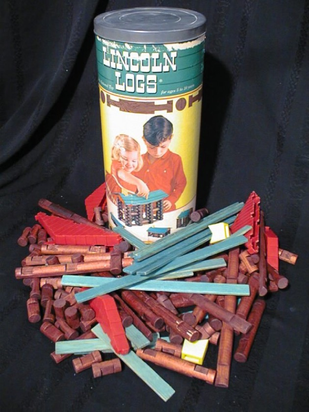 Lincoln Logs materiali: legno e plastica epoca: dagli anni '20 a oggi