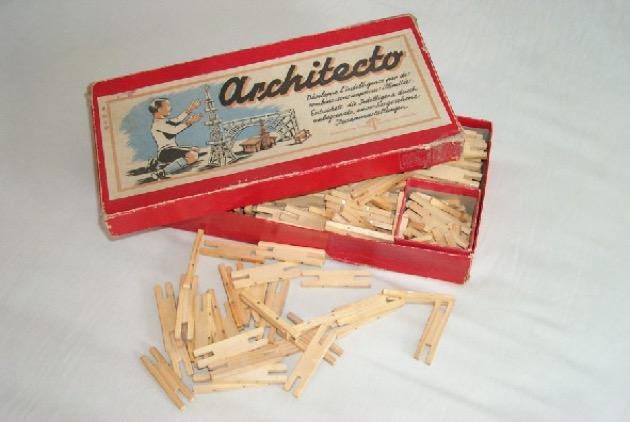 Architecto materiali: legno epoca: anni '30 e '40