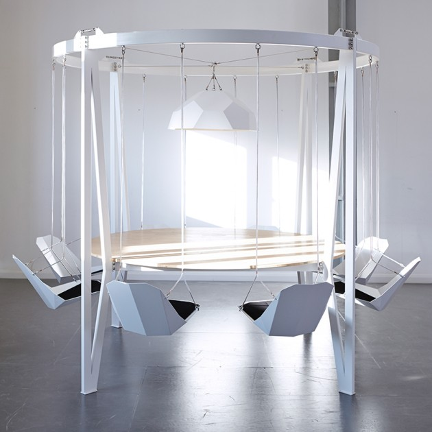 the_king_arthur_round_swing_table_4