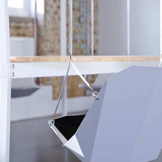 the_king_arthur_round_swing_table_5