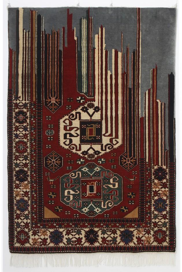 """Faig Ahmed, """"Restrain"""", 100x150cm, tappeto tessuto a mano, 2012"""