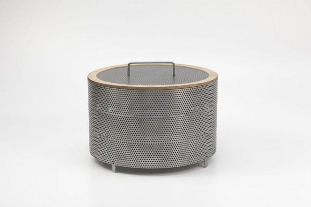"""""""Flavor of time"""", di Reo Letian Zhang. Ispirato ai cestelli per cucinare al vapore, è un utensile per essiccare i cibi: basta metterlo fuori dalla finestra, all'aria"""