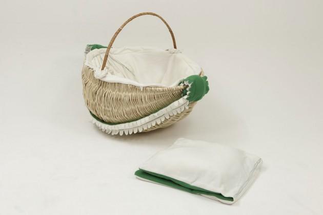 """""""Yoyo Basket"""", di Nan Jiang. È una piccola culla per neonati, realizzata interamente con materiali naturali"""