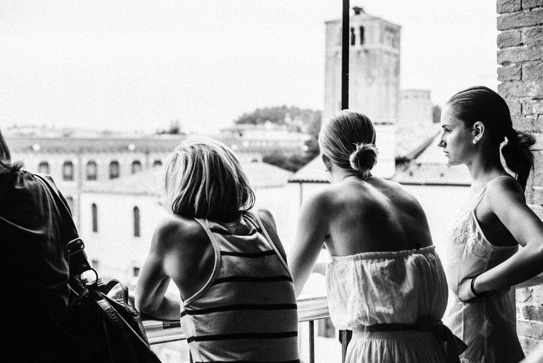 Fashion at IUAV 2015, backstage foto: Giacomo Cosua x Positive Magazine