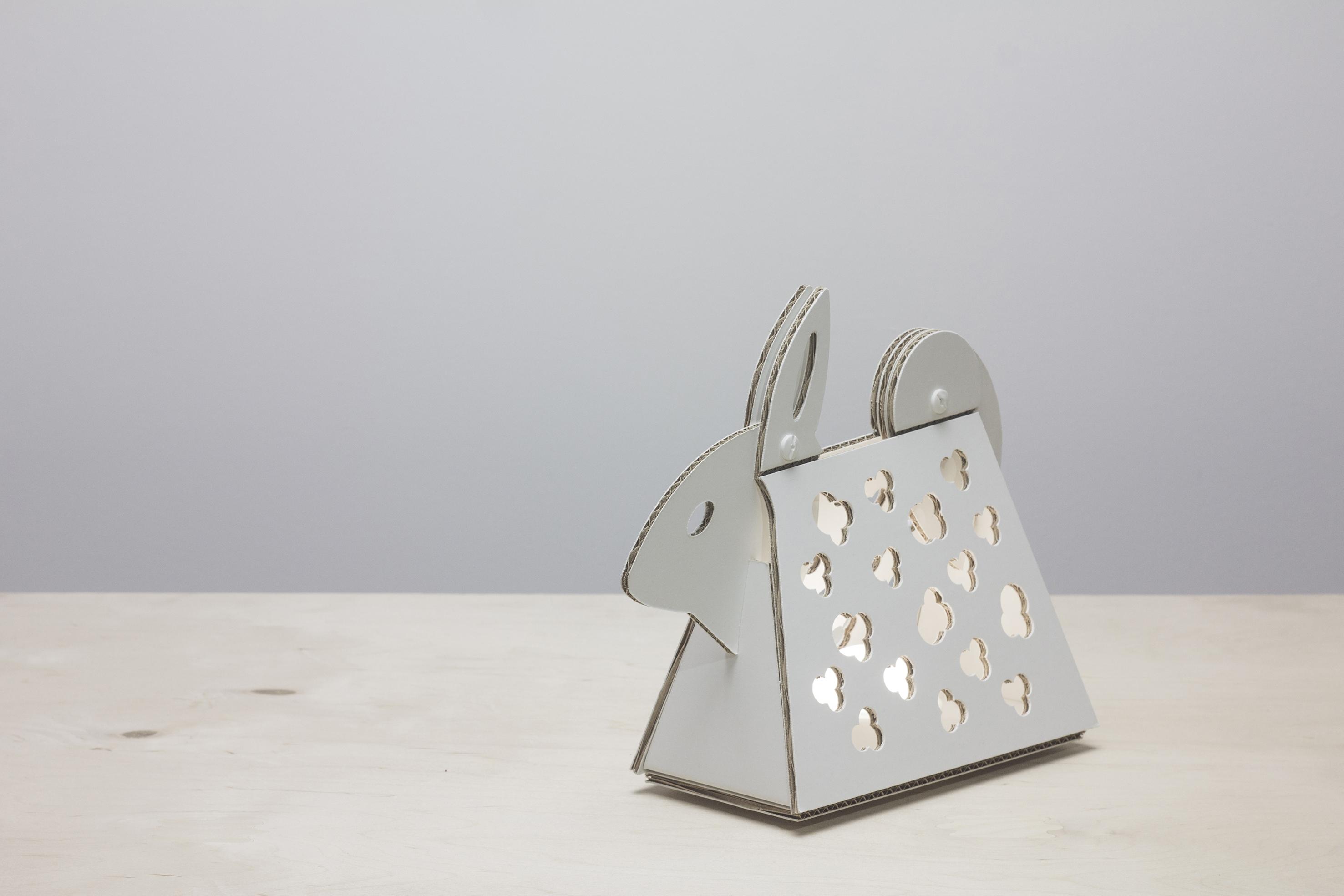 Cartunia Design, Azelio il coniglio