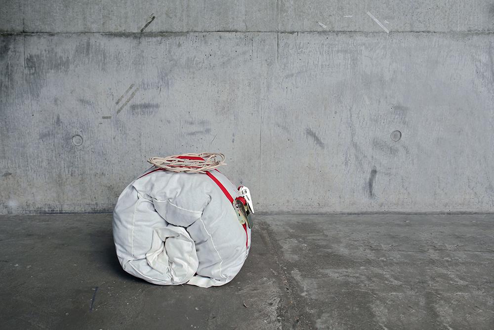 """Border Crossing, """"Bakshees Bag"""", in persiano """"bakshees"""" significa dono, regalo"""
