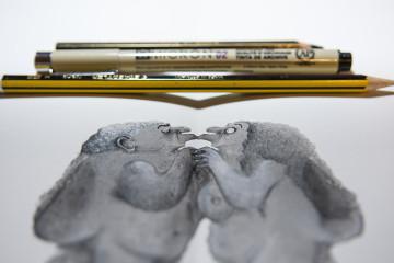 con matite