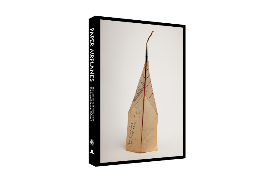 """Paper Airplanes: The Collections of Harry Smith: Catalogue Raisonné, Volume I"", J&L Books/Anthology Film Archives, ottobre 2015"