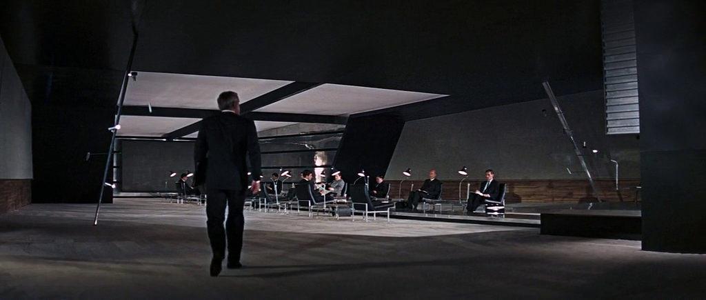 """""""Thunderball: Operazione tuono (Thunderball)"""", 1965, Sean Connery nel ruolo di James Bond, regia di Terence Young, scenografia di Ken Adam"""
