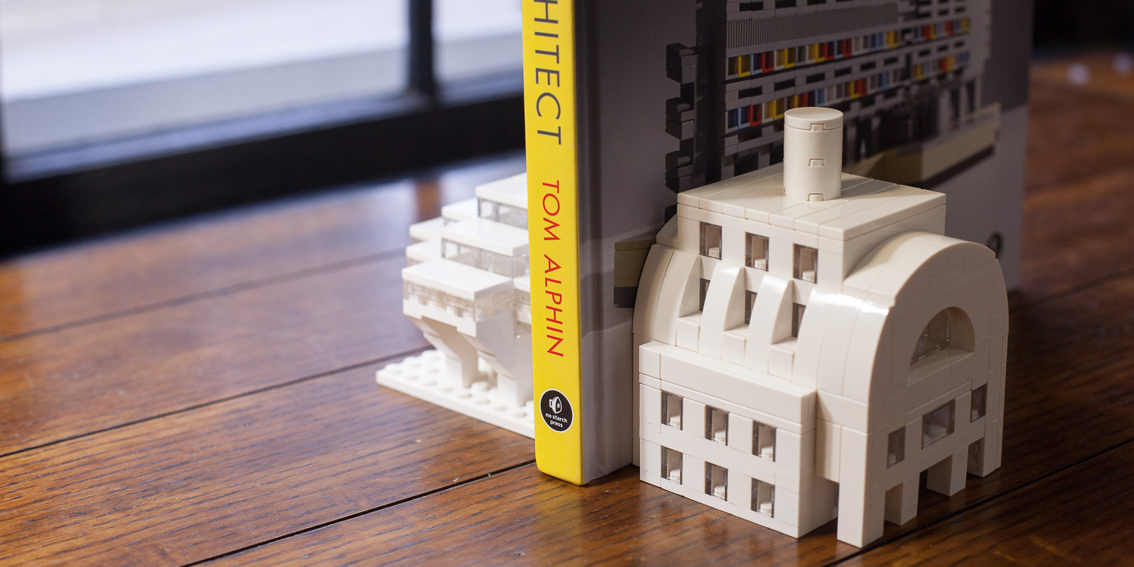 the_lego_architect_10