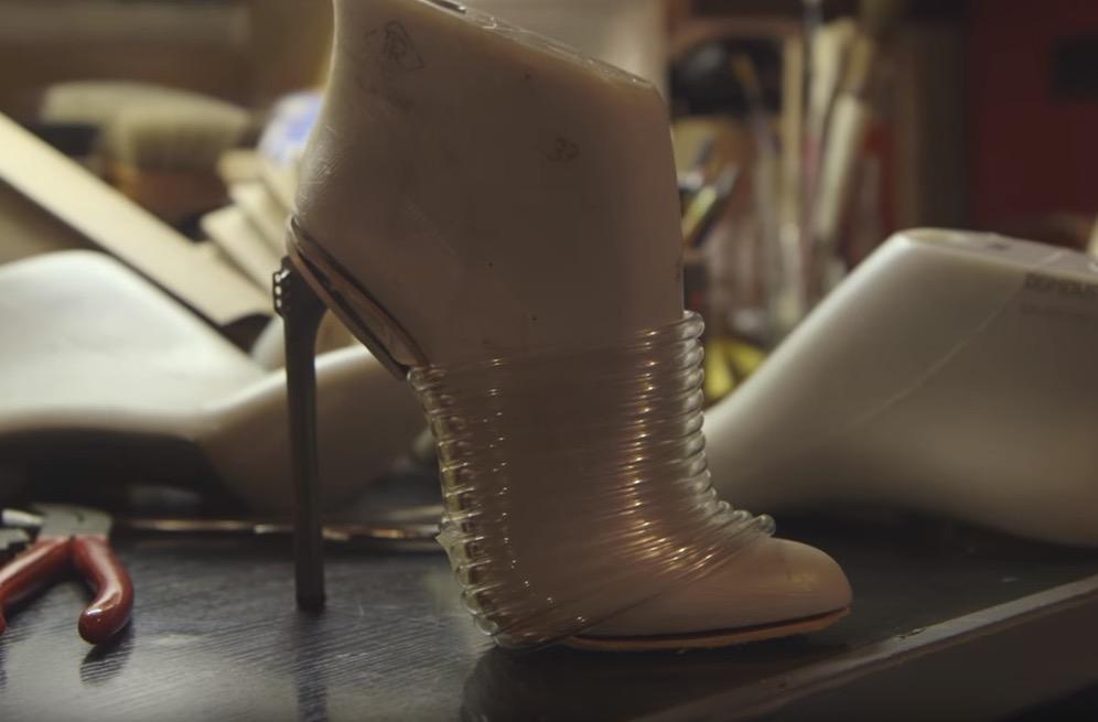 the_shoemaker_12