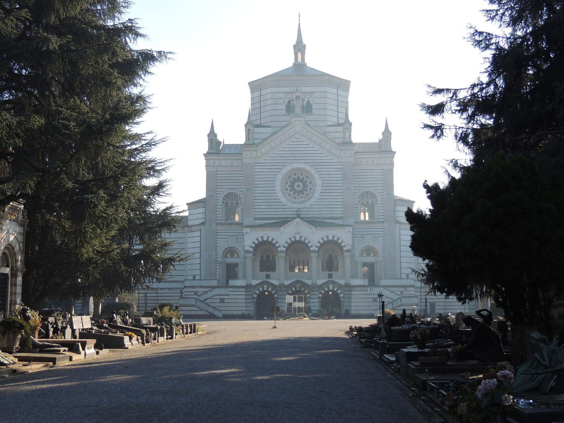 Il cimitero monumentale di Milano (foto: Corraini)
