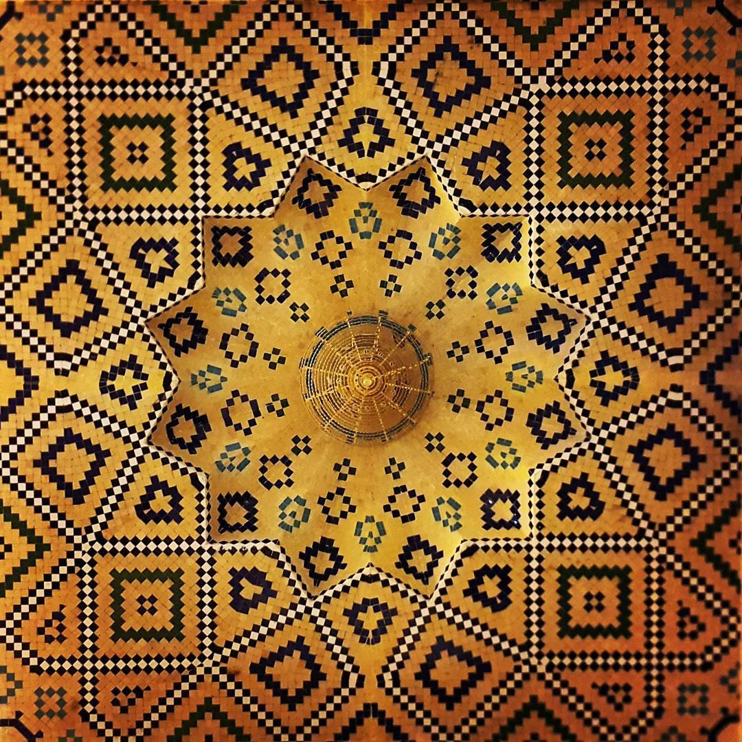 Moschea di Shahe-cheragh, Shiraz,Iran (foto: @m1rasoulifard)
