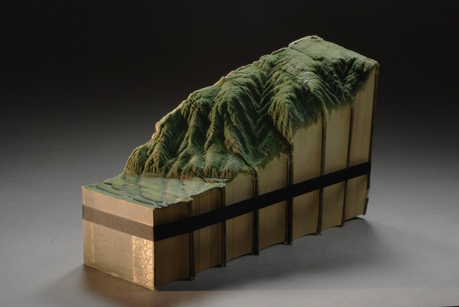 """Guy Laramée, """"El amor por las montañas nos curara"""", 2012"""