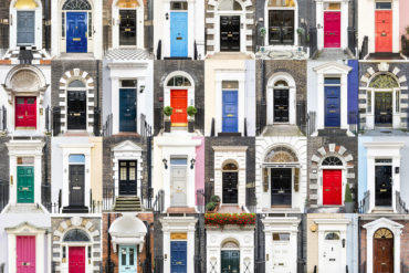 """""""Doors of the world: England"""" (© André Vicente Gonçalves)"""