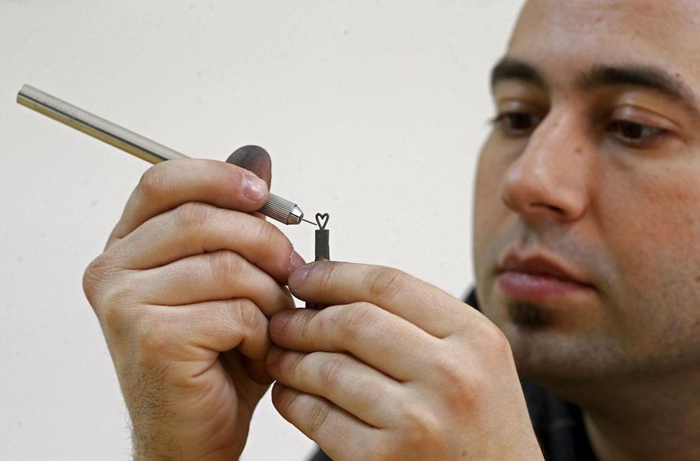 (foto: Dado Ruvic / Reuters via: designyoutrust.com)
