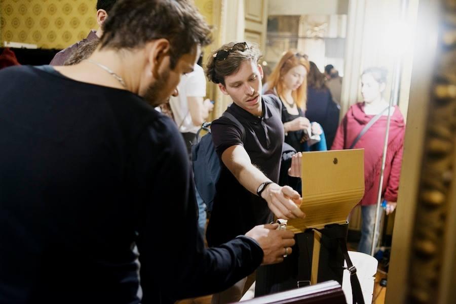 una foto dell'edizione 2015 di Operae, festival torinese del design indipendente e autoprodotto (foto via Operae)