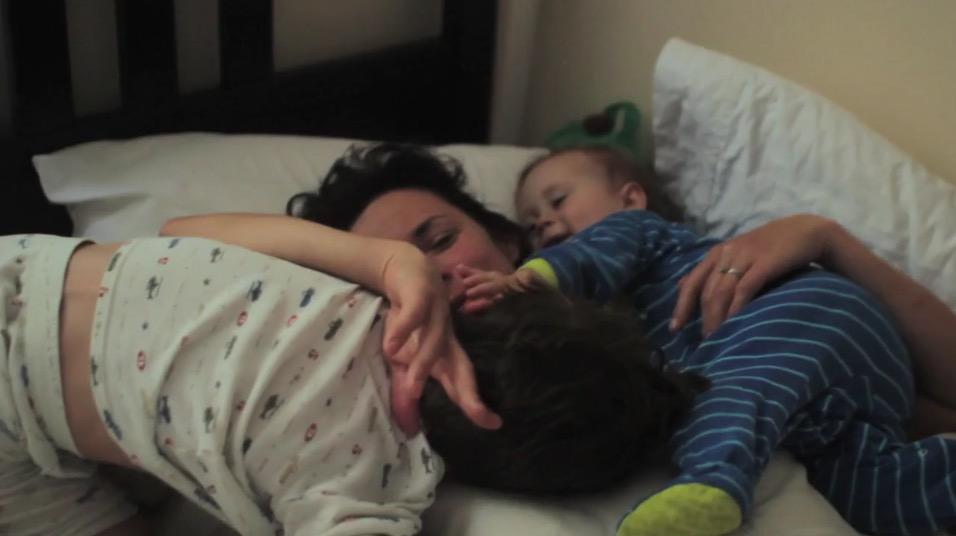 Working Mom: un piccolo documentario mostra la vita quotidiana di una mamma lavoratrice