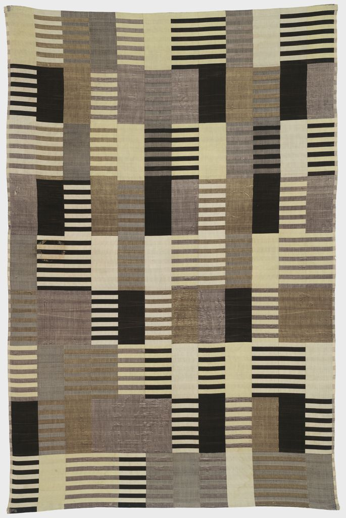 "Anni Albers, ""Wall Hanging"", 1926 (Harvard Art Museums/Busch-Reisinger Museum, Association Fund © The Josef and Anni Albers Foundation / Artists Rights Society (ARS), New York)"
