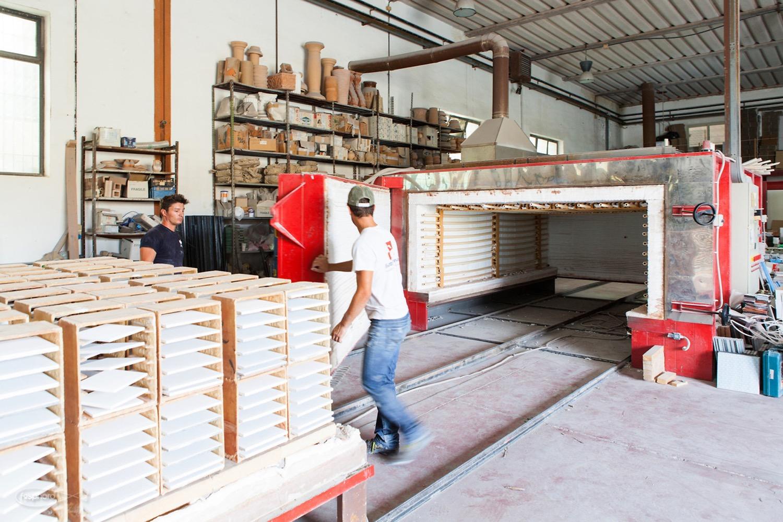 Studiocharlie in visita nell'azienda Made a Mano (foto: Vince Cammarata | courtesy Studiocharlie)