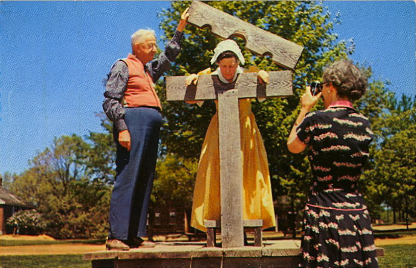 Old New England tourist attraction (courtesy Bad Postcards)