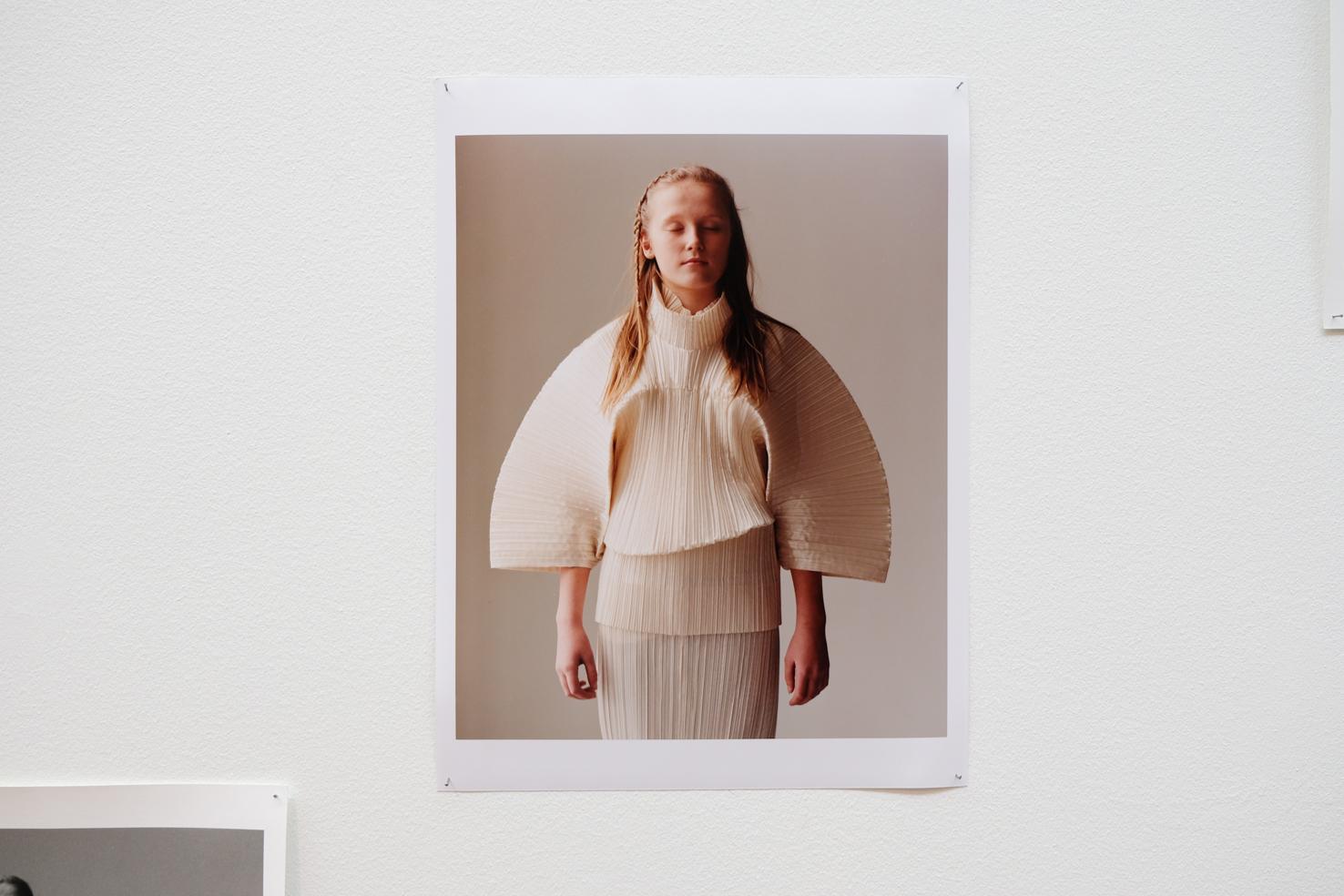 33 Photographs by Jamie Hawkesworth girl with Miyake