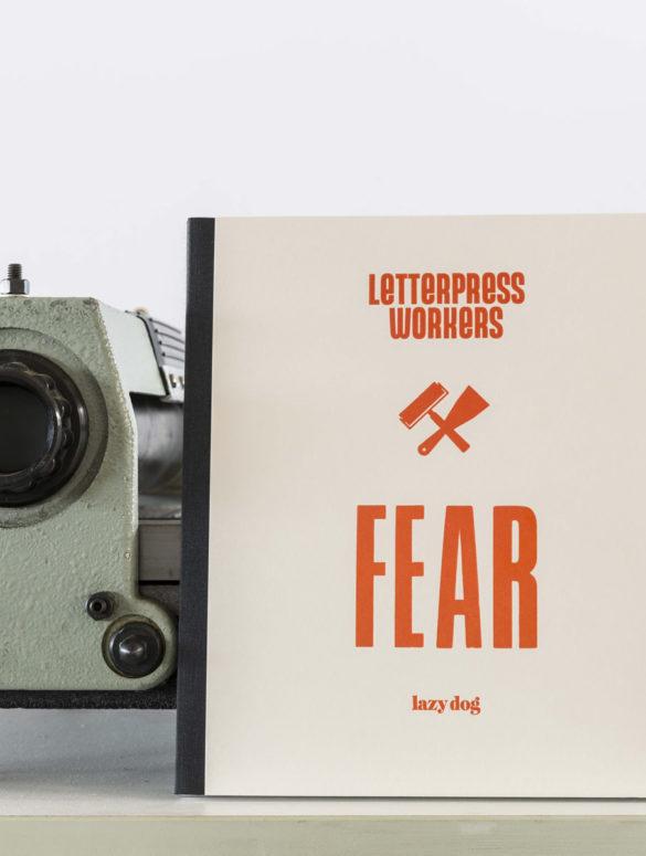 01 LPW FearBook 2017