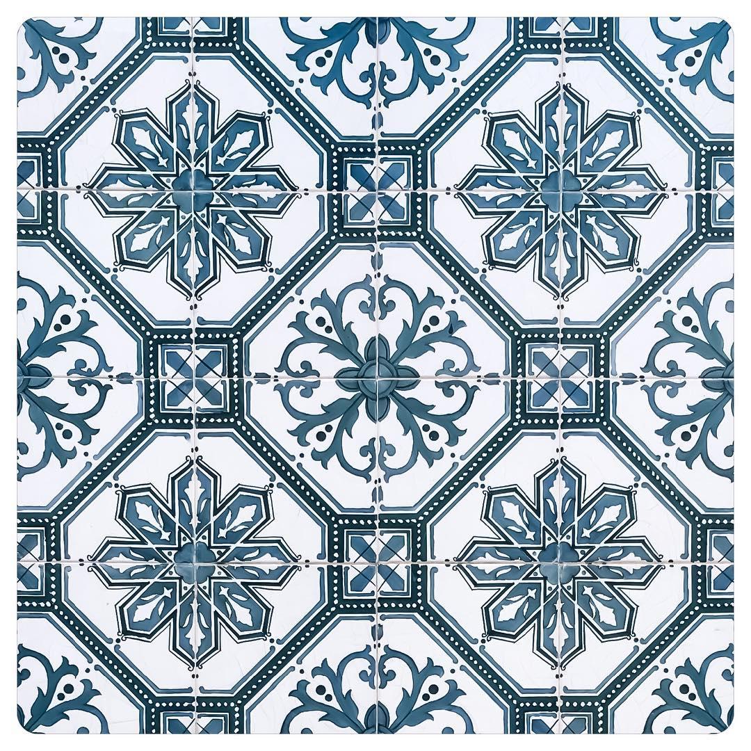 tiles of lisbon 10