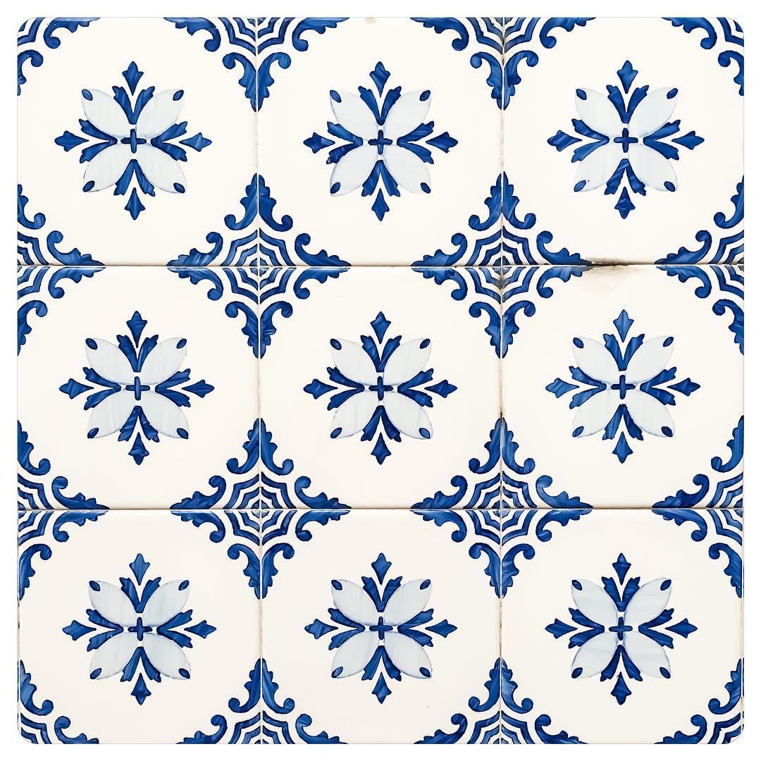 tiles of lisbon 11