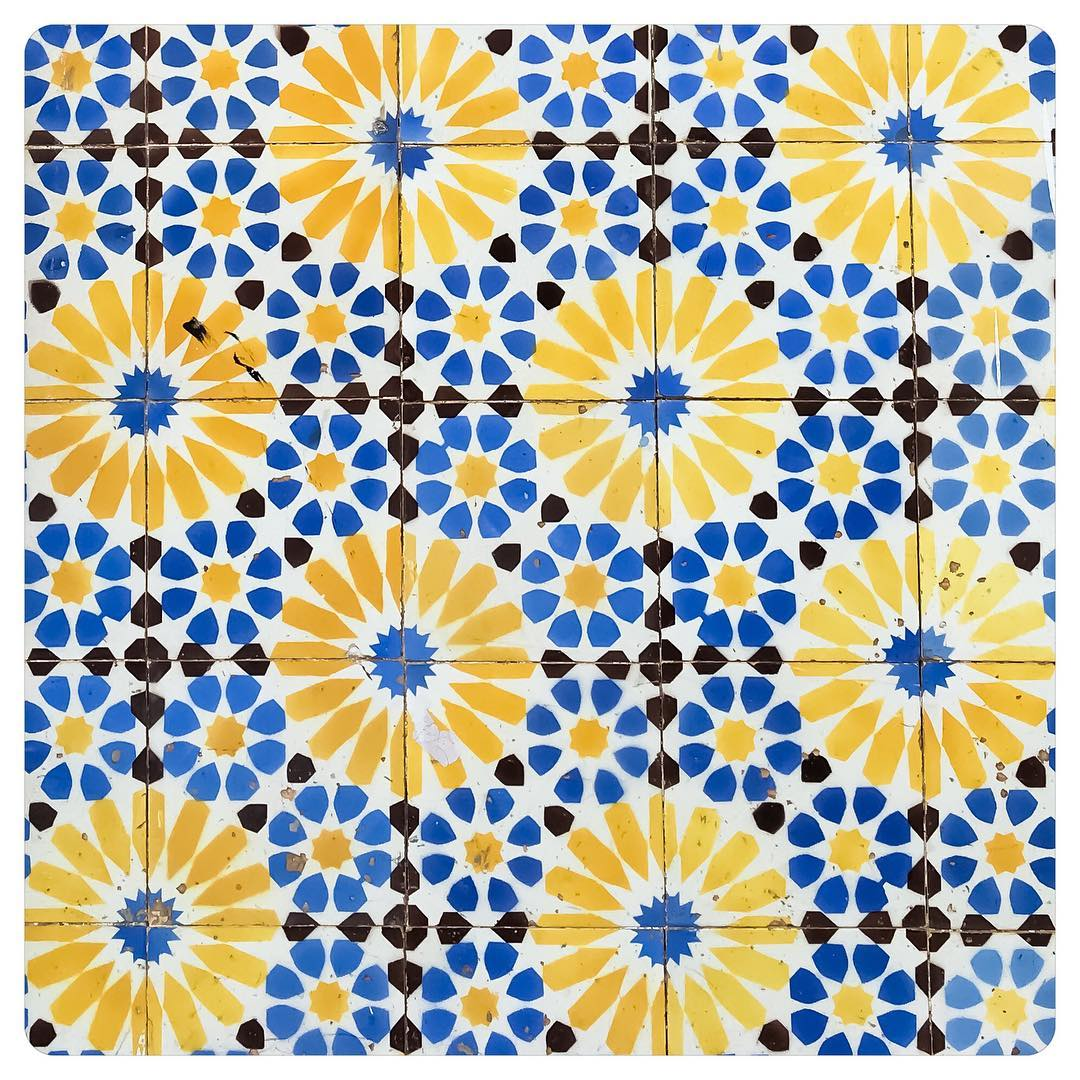 tiles of lisbon 12