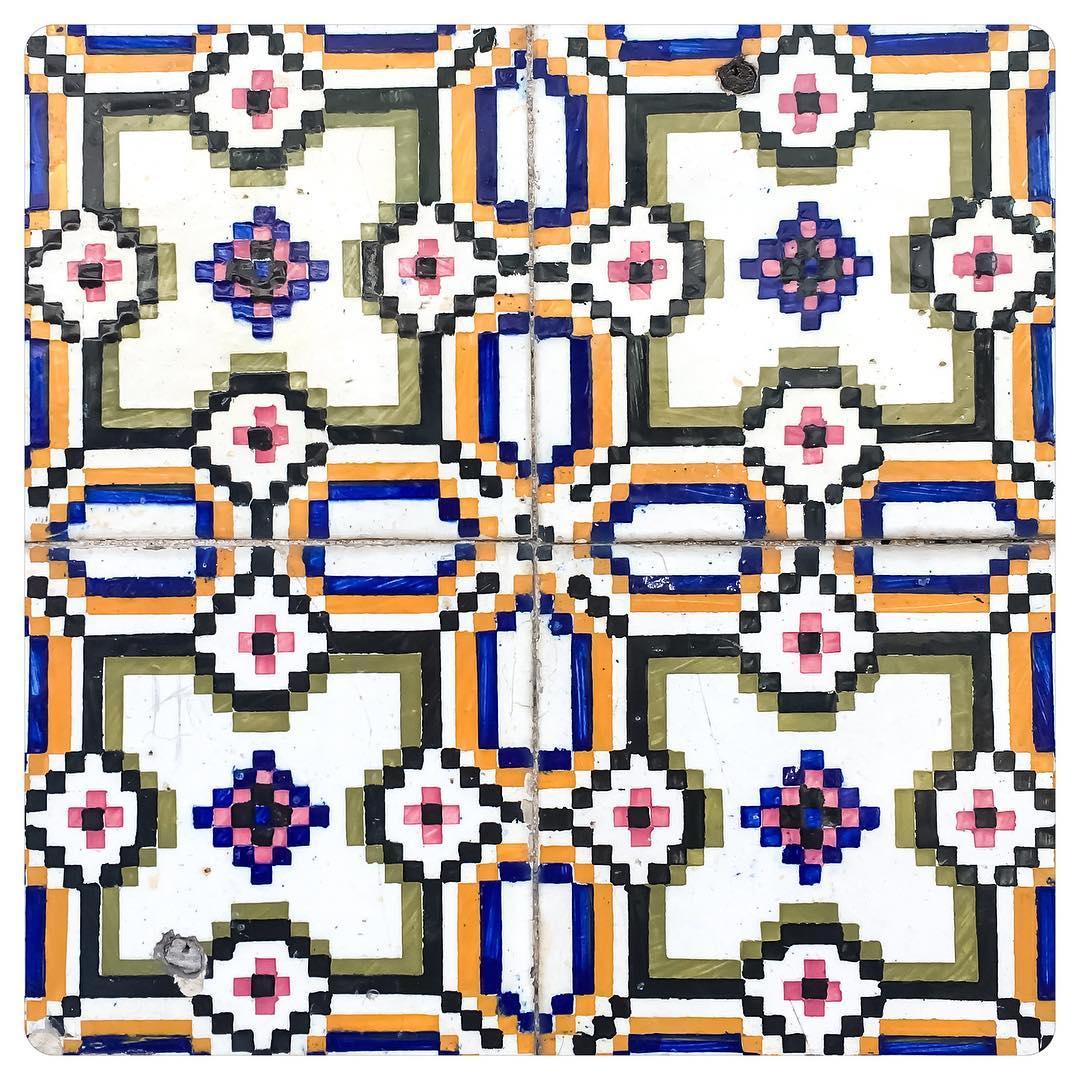 tiles of lisbon 8