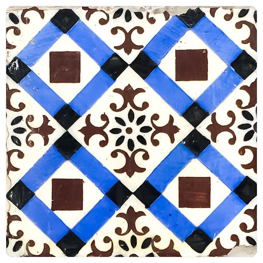 tiles of lisbon 9