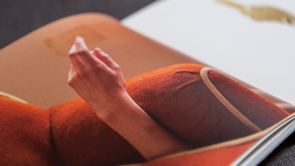 un libro di mani plato travis