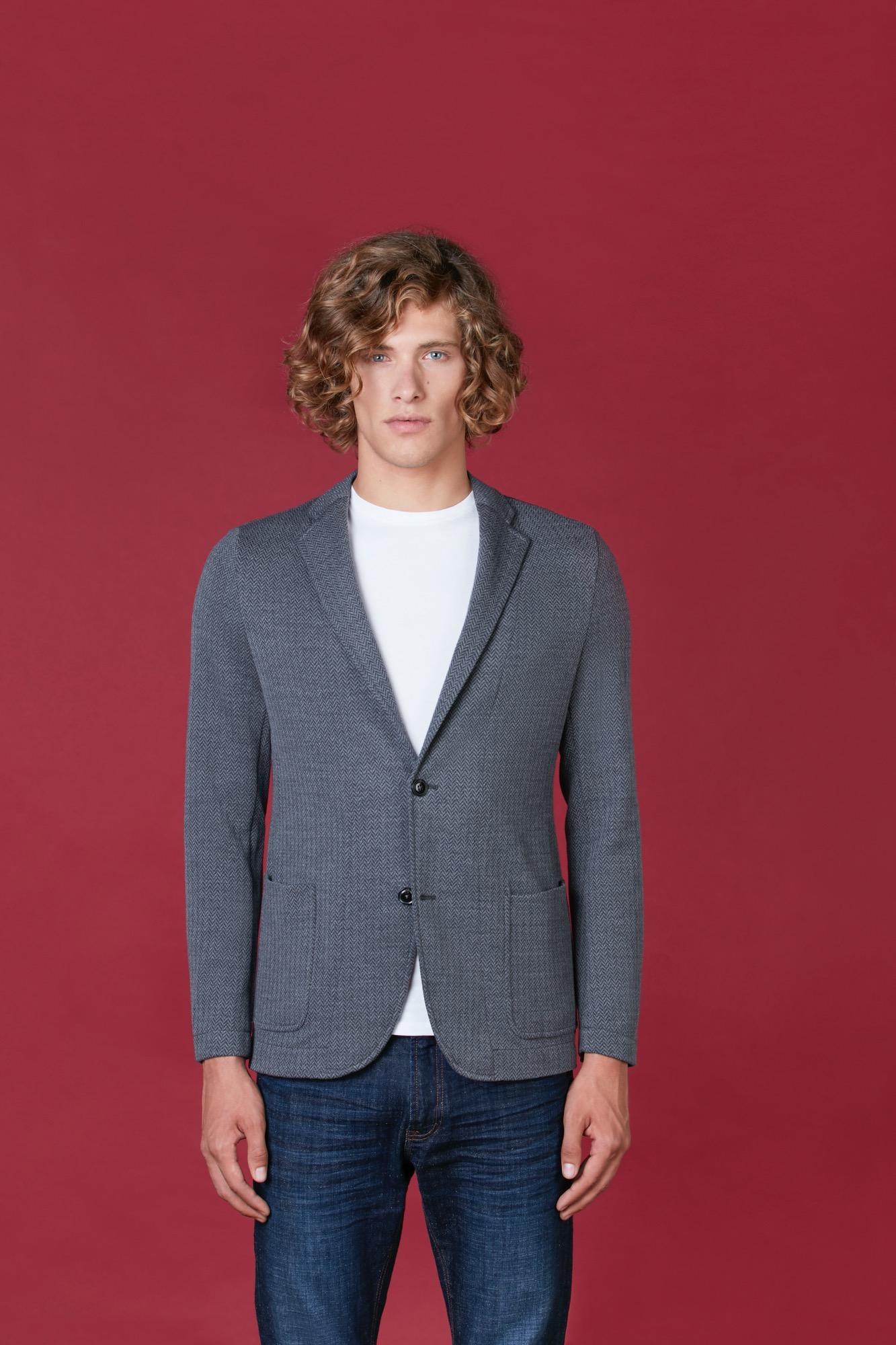 Lanieri lancia la Pull Jacket: un po' giacca, un po' pullover