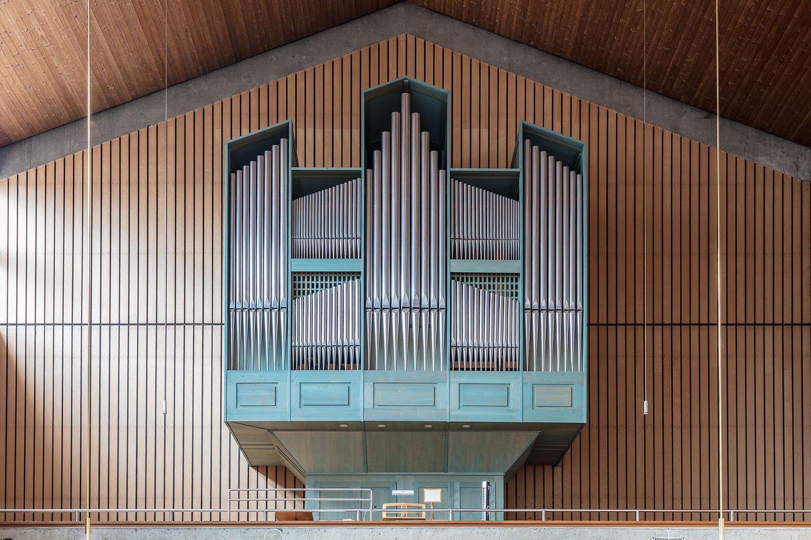 Gli organi delle chiese nelle foto di Robert Götzfried