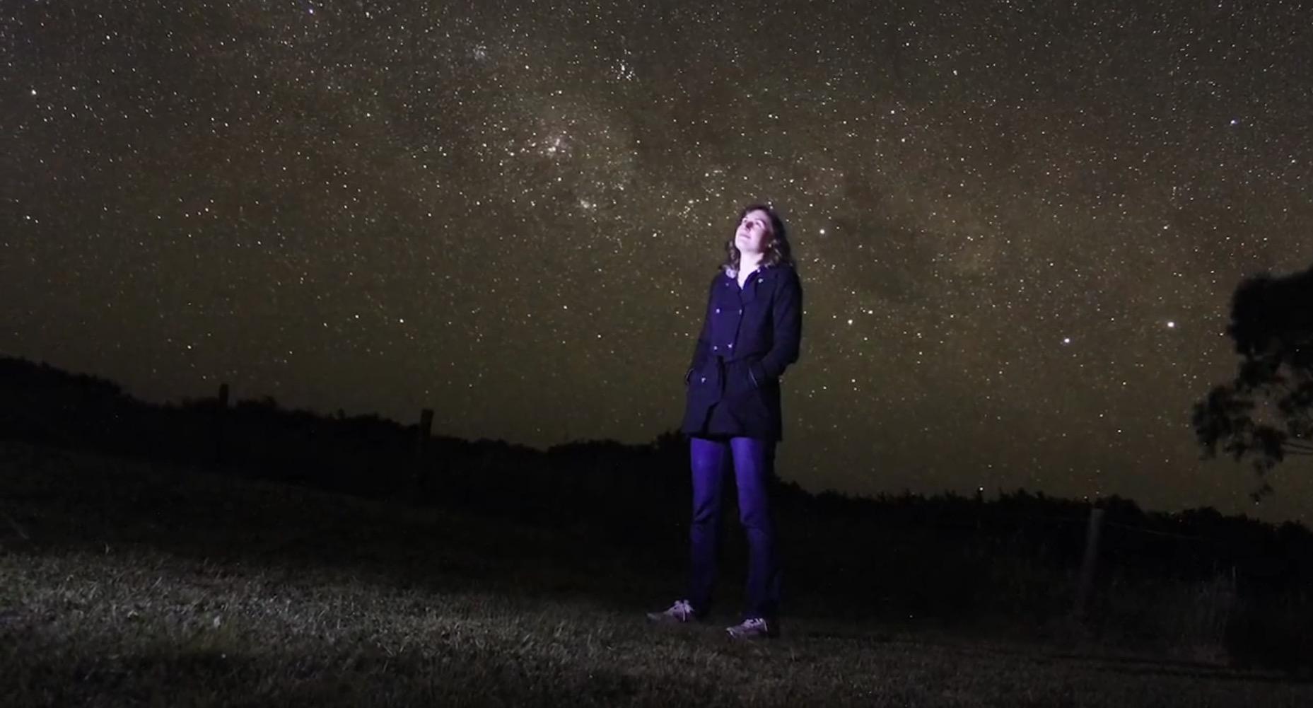 Disorientation: un invito al viaggio, nel tempo e nello spazio, attraverso un video