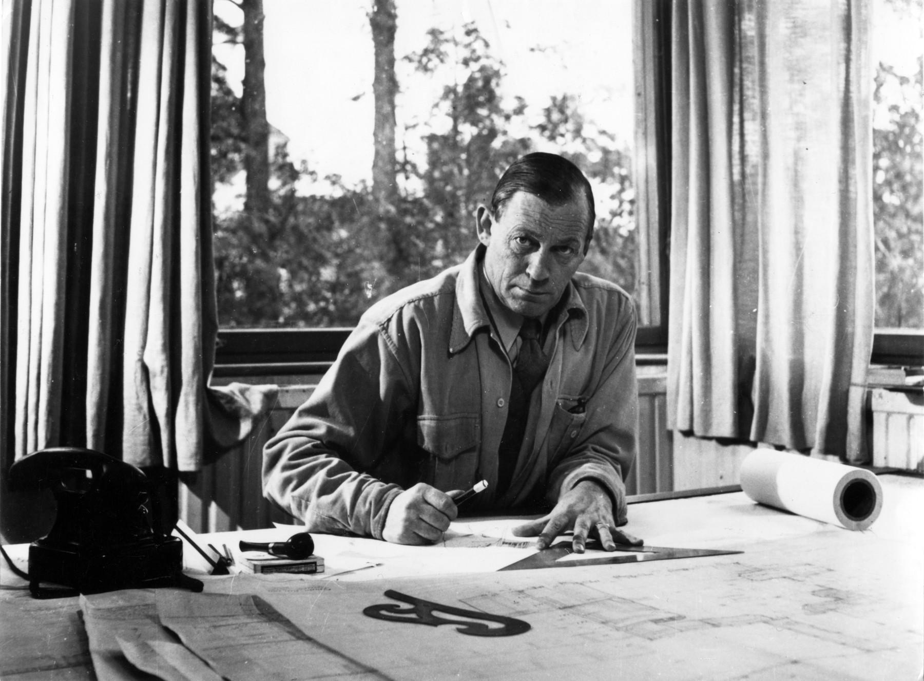 1835244 Alvar Aalto 1 master